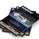 Waterbeleving met glimlach op exclusieve speedboot