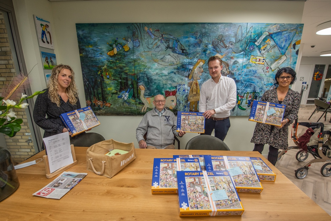 Rotary Ermelo biedt ouderen volop puzzelplezier