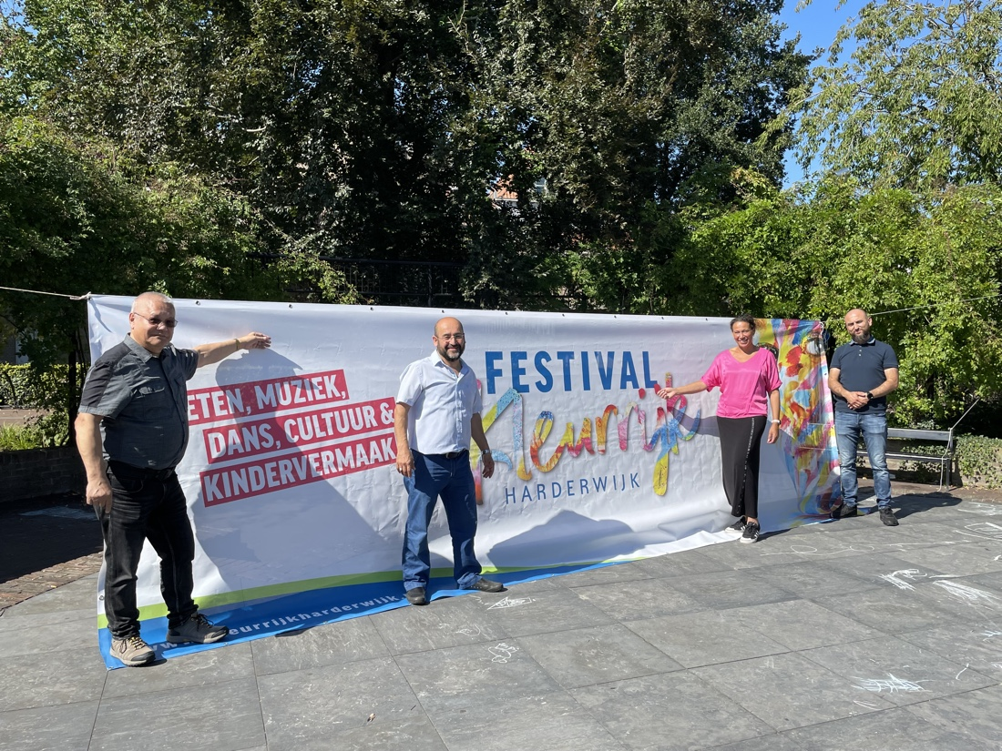 Kleurrijk Harderwijk festijn in Hortuspark